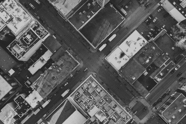 Publicación del artículo Implementación de la resiliencia urbana: un desafío de políticas y una agenda de investigación para el siglo XXI